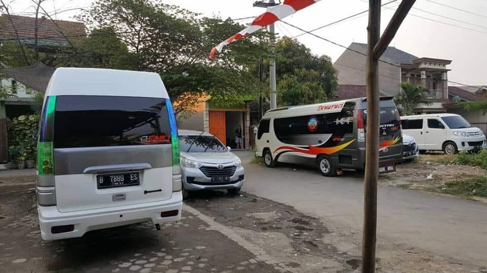 Armada Rental Elf Cirebon